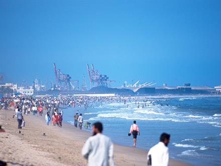 Crowd at the beach of Chennai