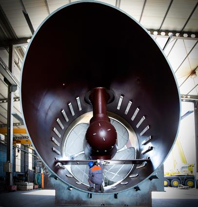 Wärtsilä 5500 kW transverse thruster for Oasis class cruise vessels of Royal Caribbean International.