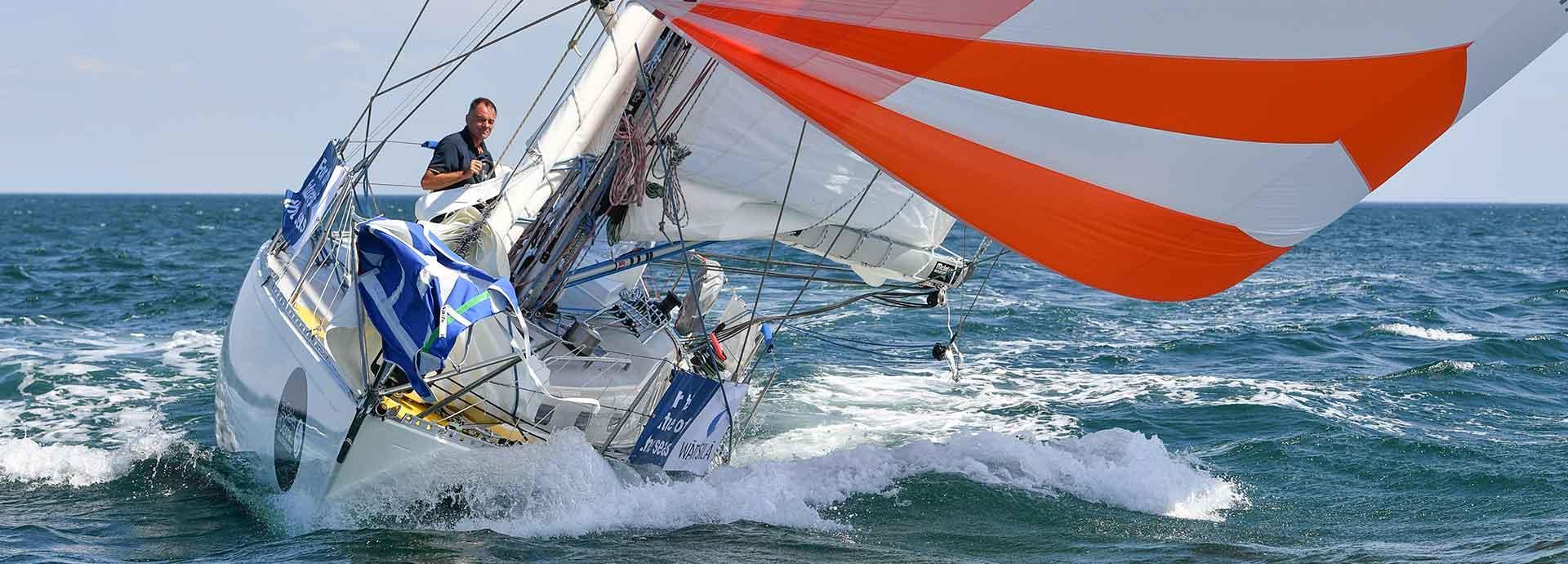 Sailing solo, retro style